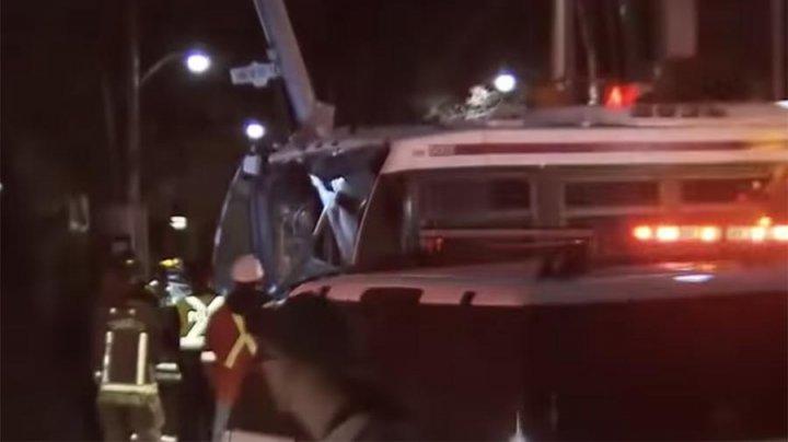 В Канаде 25 человек пострадали в ДТП с автобусом