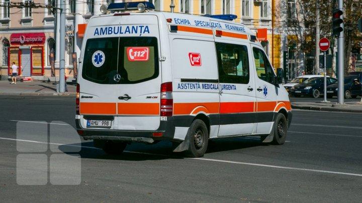 Двухлетний ребёнок скончался, выпав из окна дома в столице