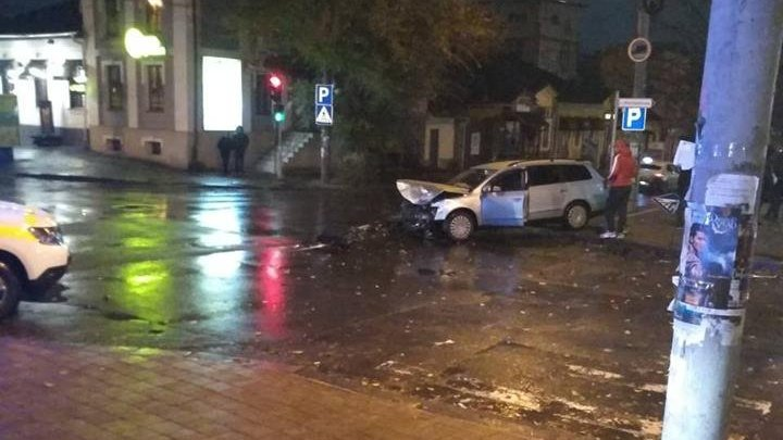 ДТП в центре столицы: два человека доставлены в больницу