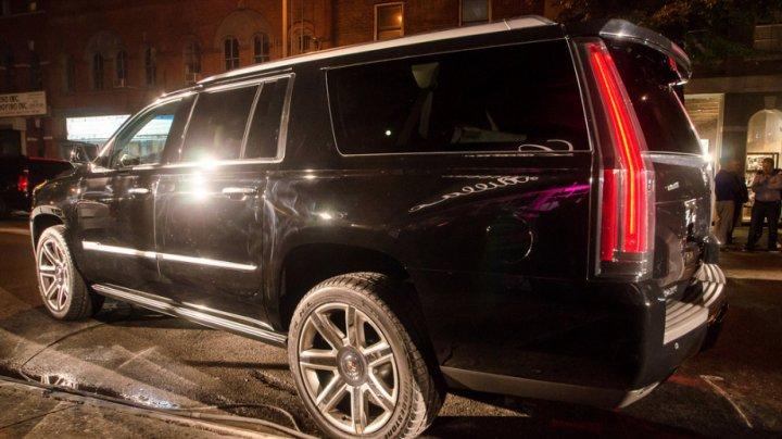 Обстреляли Cadillac: В Москве совершено покушение на бизнесмена из списка Forbes