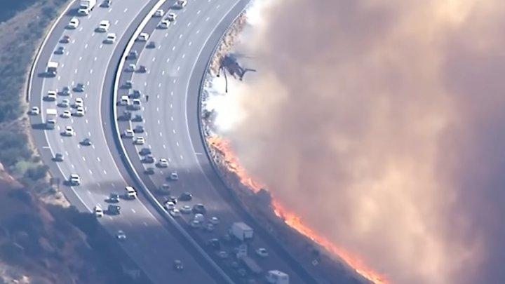 Пожар в Калифорнии подошёл вплотную к оживлённой трассе (видео)