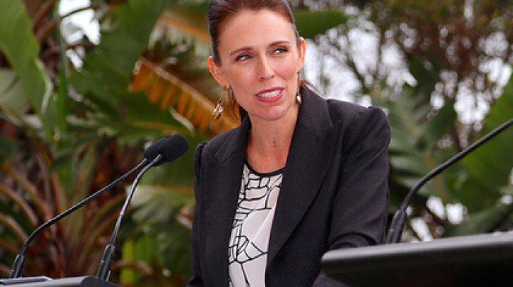 Премьеру Новой Зеландии пригрозили смертью из-за опоссумов