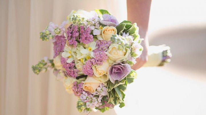 Невеста жестоко проучила жениха-изменника у алтаря
