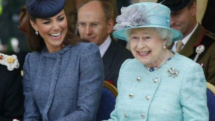 Стала известна причина критики Кейт Миддлтон со стороны Елизаветы II