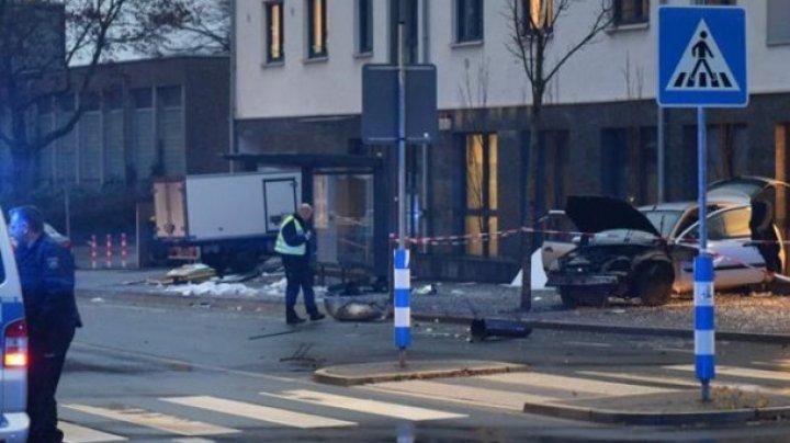 В Германии авто врезалось в остановку: девять пострадавших