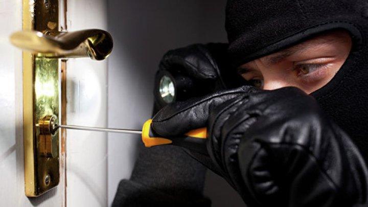 В Днепре мужчина решился на квартирную кражу, а поплатился здоровьем