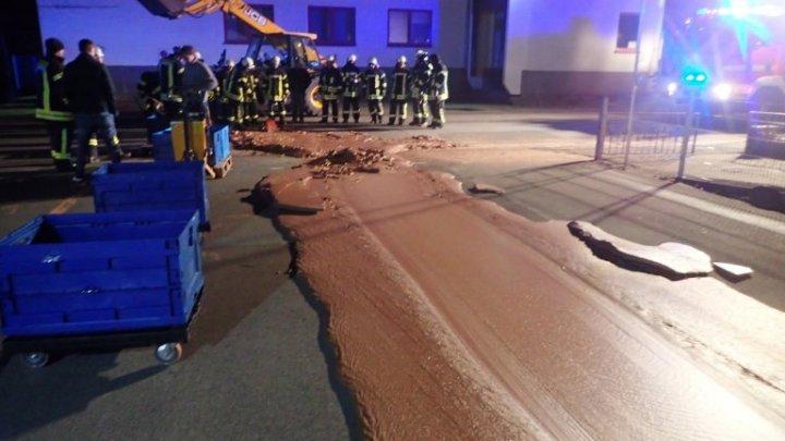 В Германии тонна шоколада вытекла на улицу из-за аварии на кондитерской фабрике