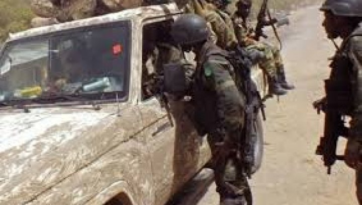 В Нигерии полицейские убили более 100 человек
