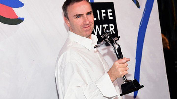 Calvin Klein уволит креативного директора