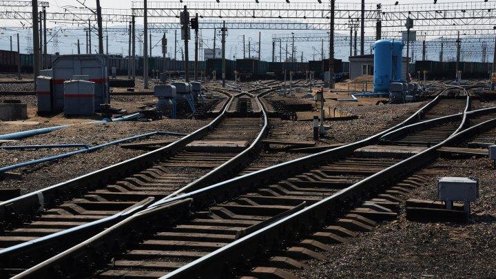 В России с рельсов сошли 17 вагонов с углём