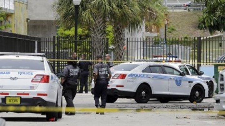 Во Флориде пять человек погибли при стрельбе в банке