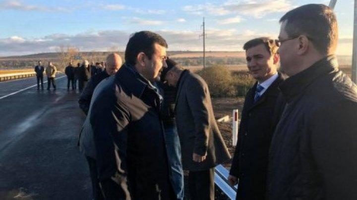 Кирилл Габурич: трасса Кишинев-Леушень приоритетная - ее срочно нужно отремонтировать
