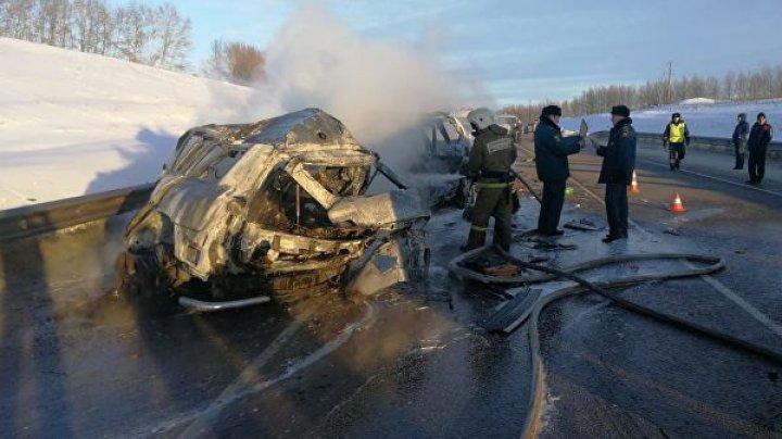 Под Воронежем в крупном ДТП погибли семь человек