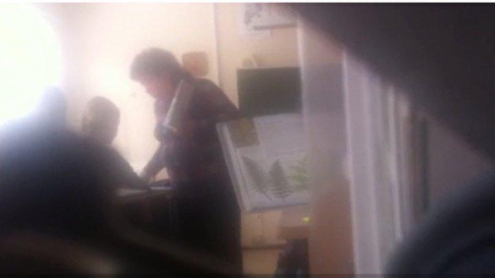 В Тольятти завуч ударила пятиклассницу на уроке (видео)
