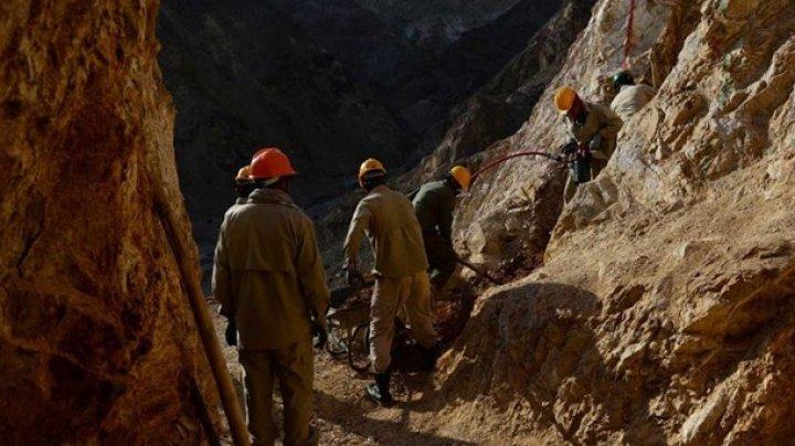 В Афганистане обрушилась золотодобывающая шахта: восемь погибших