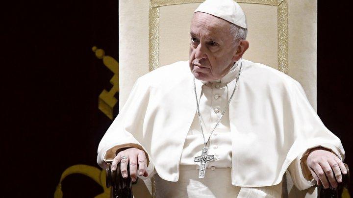 Папа Римский Франциск предупредил об опасности соцсетей