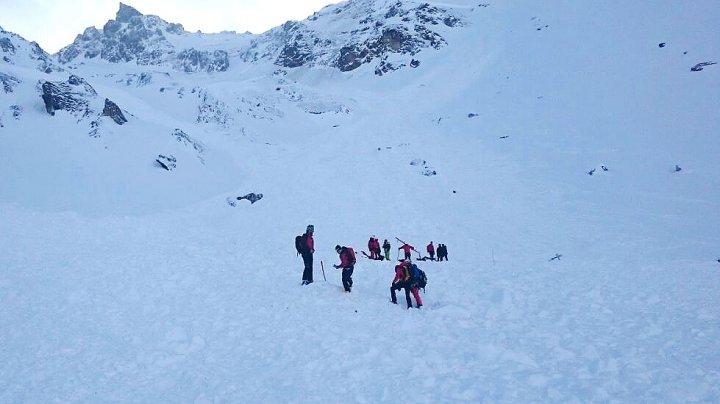 В Австрии под лавиной оказались погребены три немецких лыжника