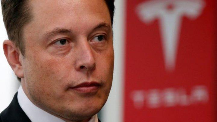 Tesla сократит почти 3,5 тысячи сотрудников