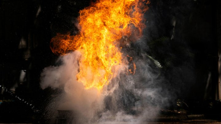 Жена сожгла мужа за отказ дать пароль от телефона