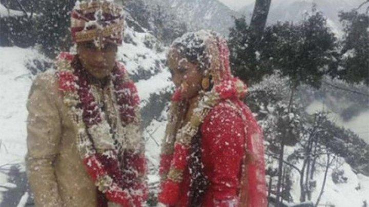 Опаздывающий на свадьбу жених пробежал шесть километров по сугробам