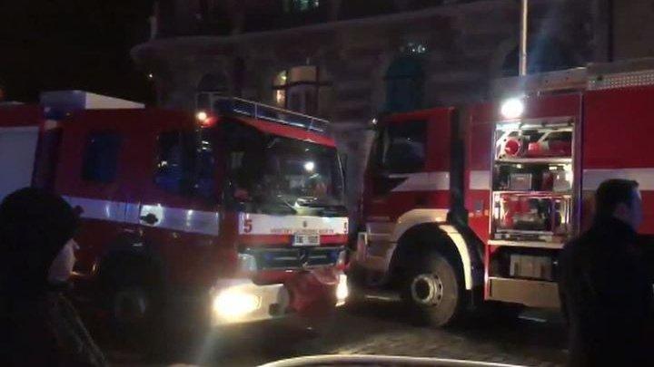В центре Праги потушили загоревшегося мужчину