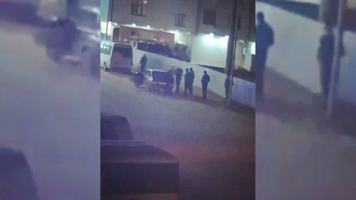 В России защищавший честь дочери махачкалинец убил студента и порезал его друзей