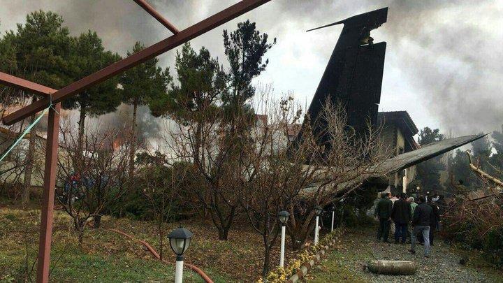 Авиакатастрофа в Иране: самолет из Бишкека въехал в жилой район