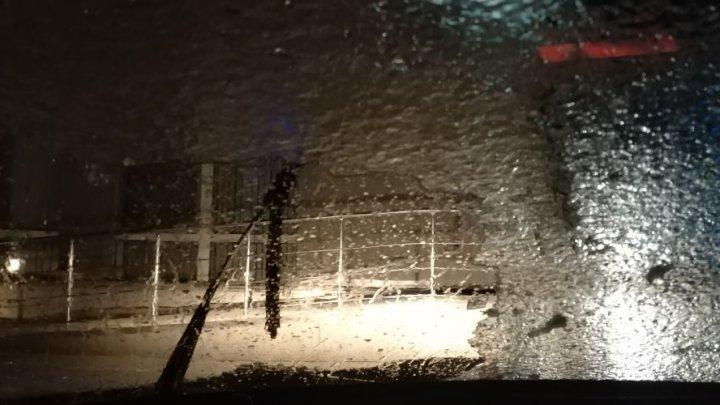 Погодные условия в Молдове: Ледяной дождь, экстремальное погодное явление (фото)
