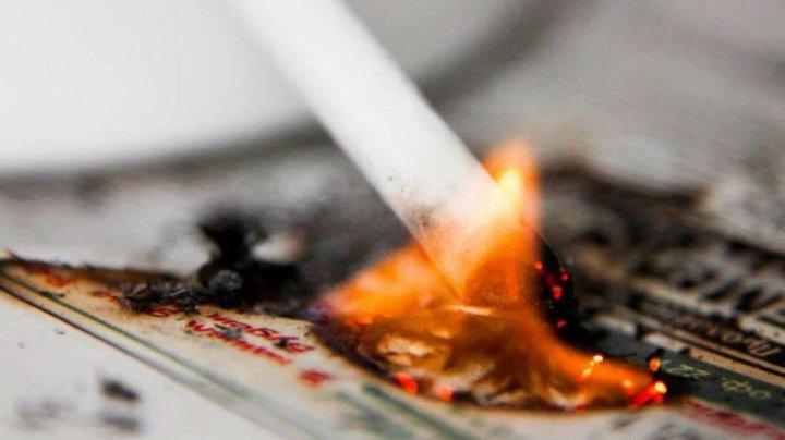 Пожар из-за непотушенной сигареты в Рышканском районе: женщина погибла, мужчина в больнице