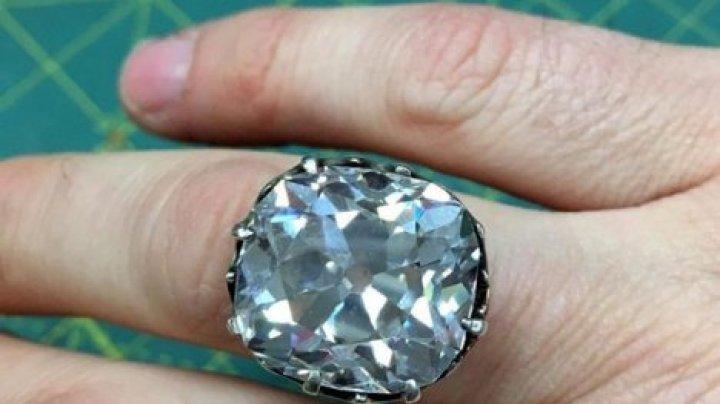 Кольцо за $13 принесло англичанке миллионы