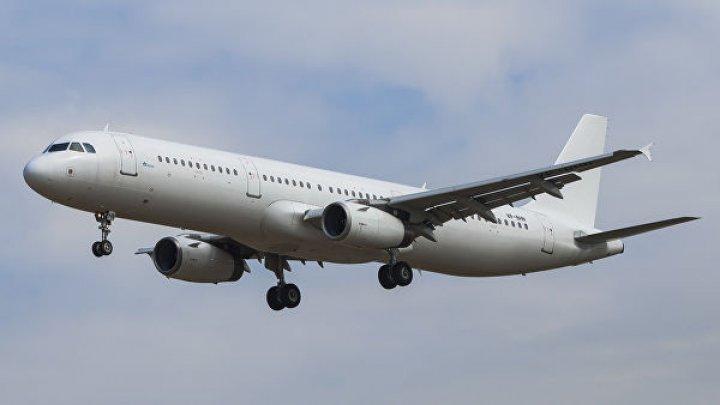 Пассажир умер на борту самолёта Москва — Сочи