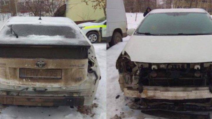 Двоих человек, которые разбирали автомобили в Кишиневе задержали в Одессе
