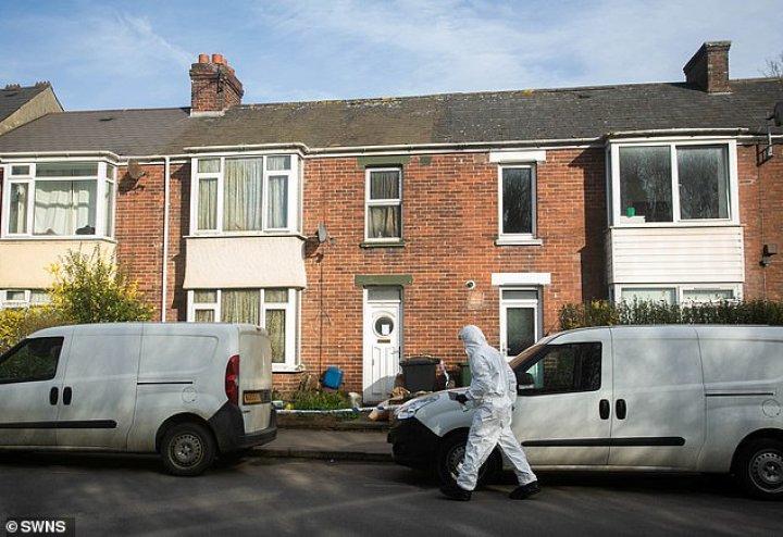 В Великобритании полиция арестовала мужчину по подозрению в тройном убийстве (фото)