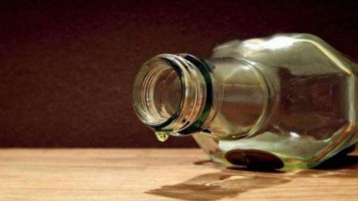 В Индии 17 человек умерли от отравления спиртным