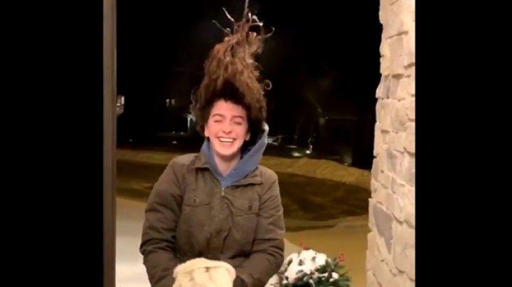 Курьезно замерзшие волосы американки удивили Сеть