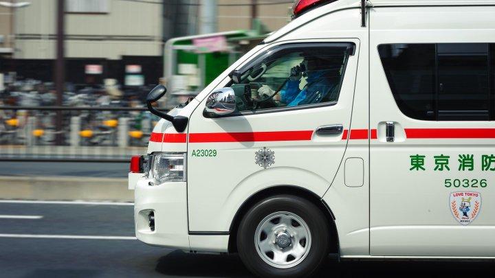В Японии автобус протаранил магазин