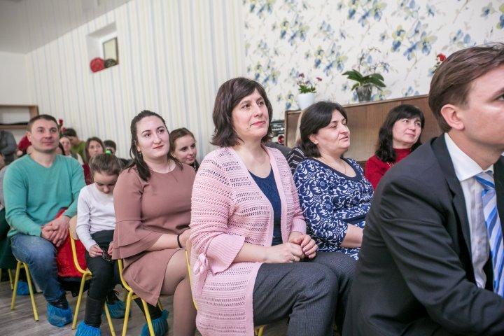Председатель ДПМ Влад Плахотнюк посетил детский сад в Ниспоренах (фото)