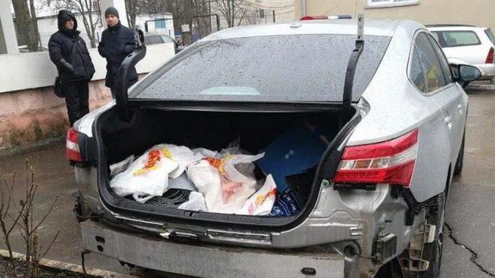 На Рышкановке автоворы снова разобрали автомобиль Toyota (фото)