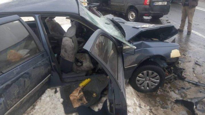 Три человека погибли и 10 получили травмы в серьезных ДТП на трассах Молдовы