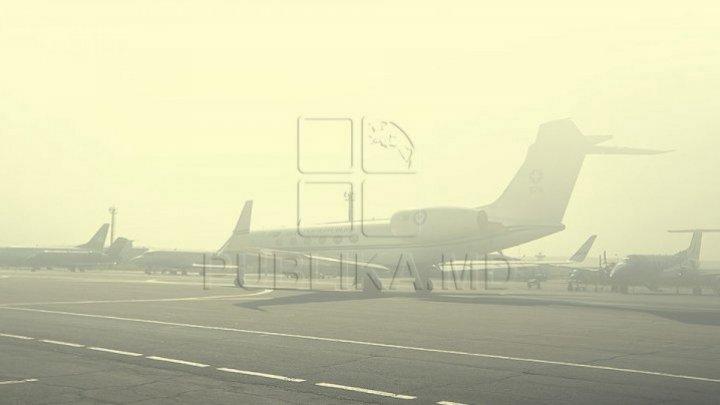 В аэропорту Кишинева из-за густого тумана задерживаются рейсы