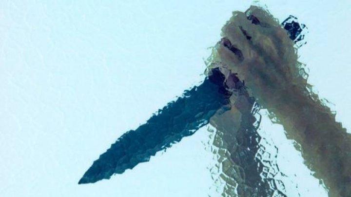 В Петербурге мама ребенка 8 раз ударила ножом в голову женщину из-за удаления из чата детсада