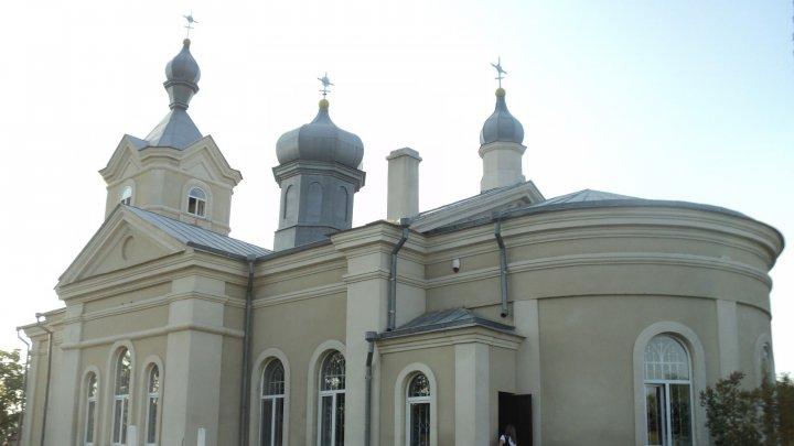 В селе Логанешты Хынчештского района закончили реконструкцию местной церкви