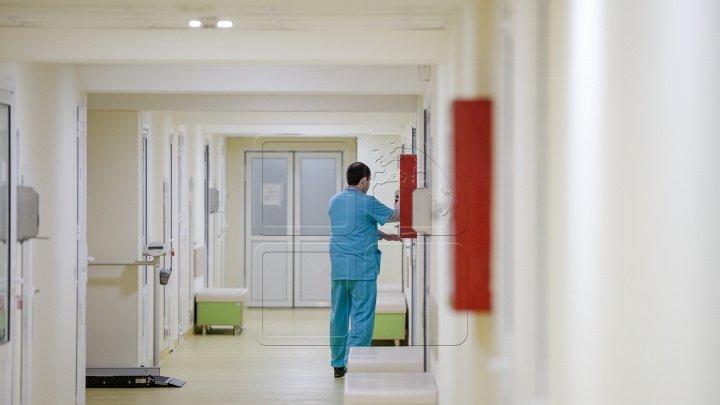 Регину Апостолову навестили в больнице (видео)