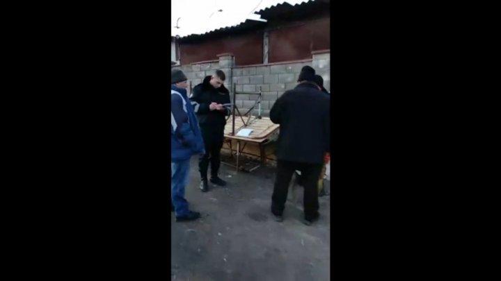 Скандал на рынке в Фалештах закончился потасовкой