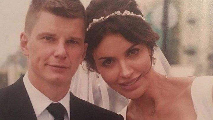Жена Аршавина обвинила бывшего футболиста в угрозах