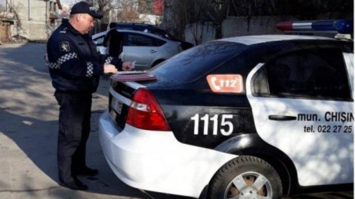 В Кишиневе прошли проверки на конечных остановках машин служб такси (видео)