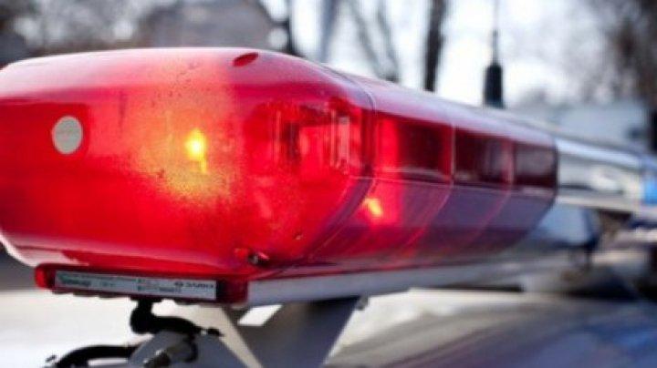 На Чеканах мужчина повредил восемь полицейских автомобилей