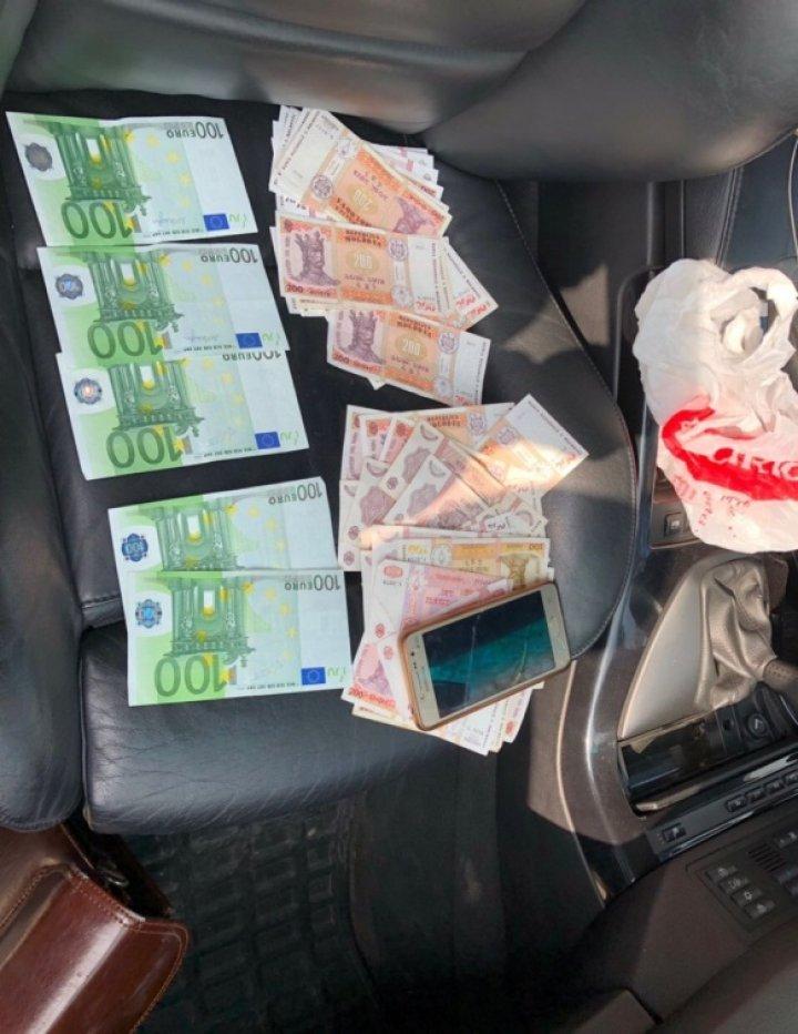 Двоих уроженцев Вулканешт задержали на трое суток по подозрению в шантаже