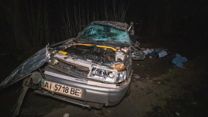 Под Киевом в тройном ДТП погибли два человека (фото)