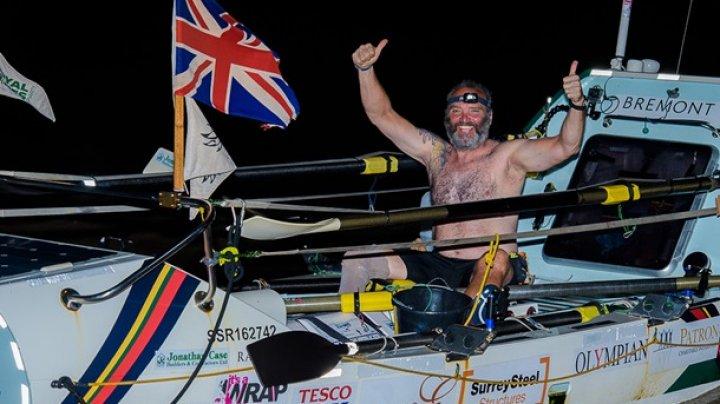Инвалид установил мировой рекорд, переплыв Океан